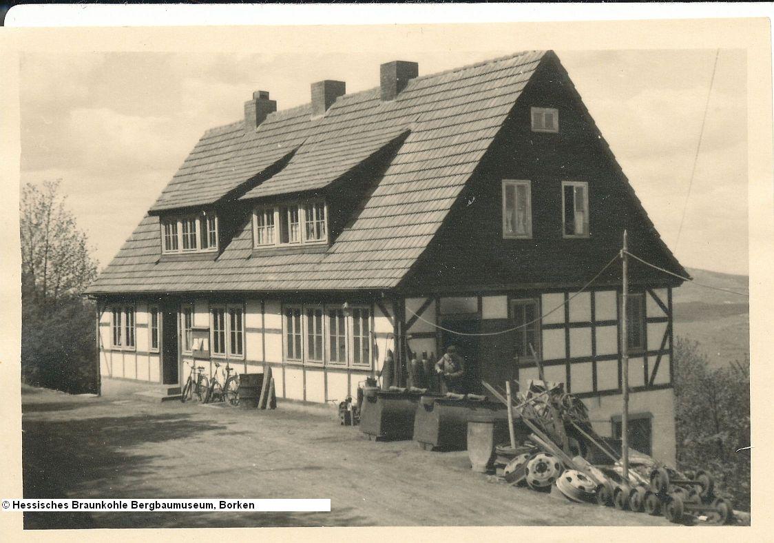 http://zechenbahnen.square7.ch/Pics/Meissner2/Bild_45.jpg