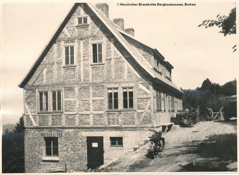 http://zechenbahnen.square7.ch/Pics/Meissner2/Bild_47.jpg