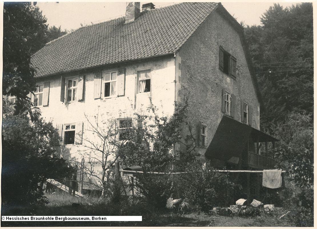 http://zechenbahnen.square7.ch/Pics/Meissner2/Bild_51.jpg
